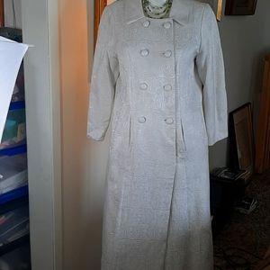 Vintage Daymor Couture cream Brocade Coat